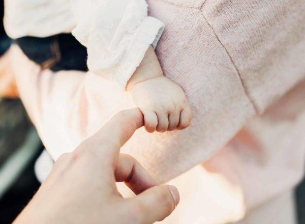 Hyvinvoiva äiti – Uudenlainen hyvinvointipalvelu pienten lasten äideille