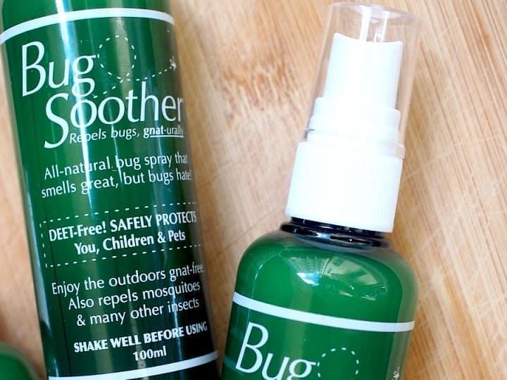 Bug Soother tarjoaa luonnollista suojaa hyttysiä vastaan.