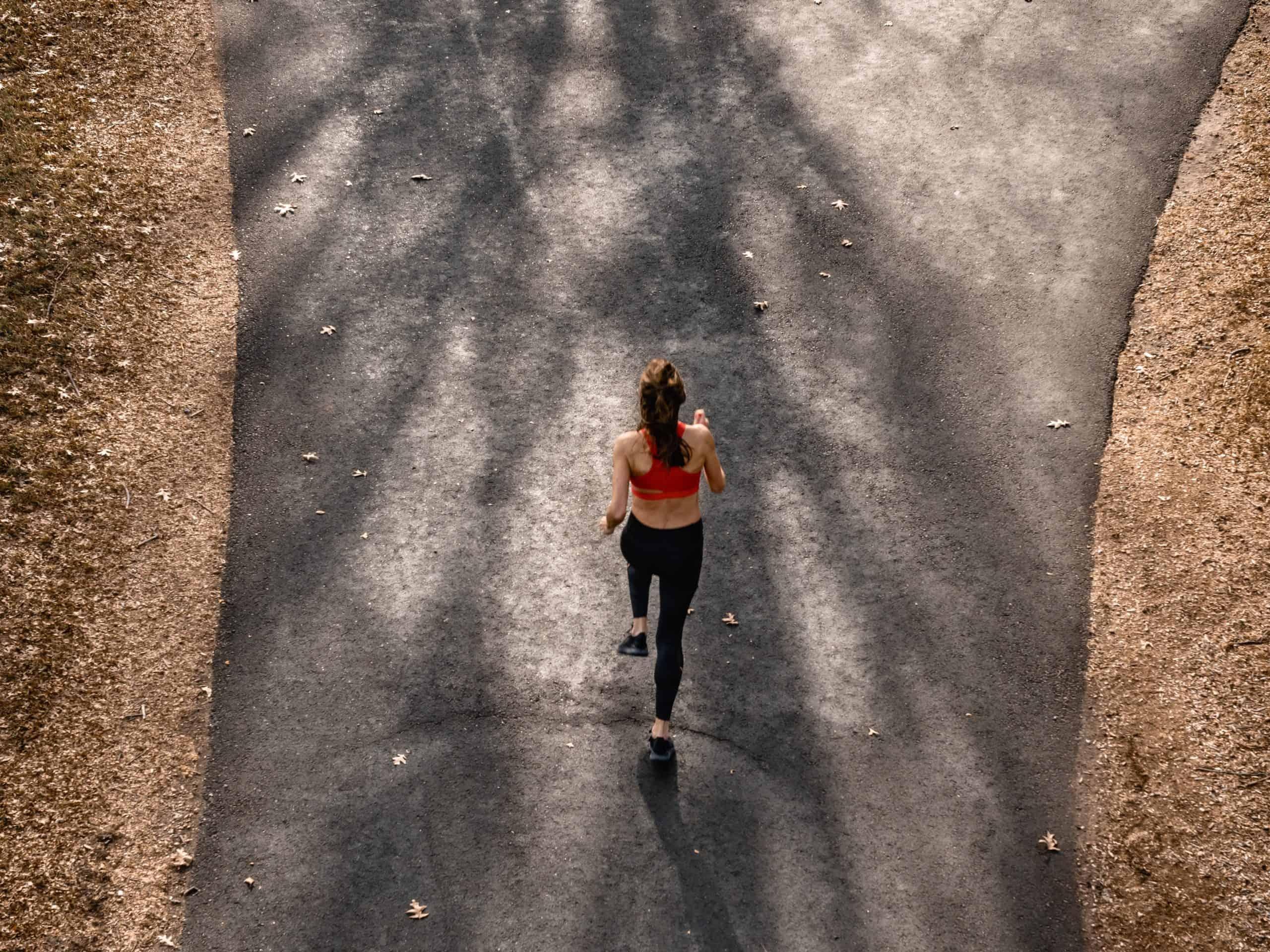 B-ryhmän vitamiinit auttavat tukemaan hermostoa, immuunijärjestelmää sekä energia-aineenvaihduntaa ja ovat apuna silloin kun on elämä tuntuu kuormittavan kehoa ja mieltä.