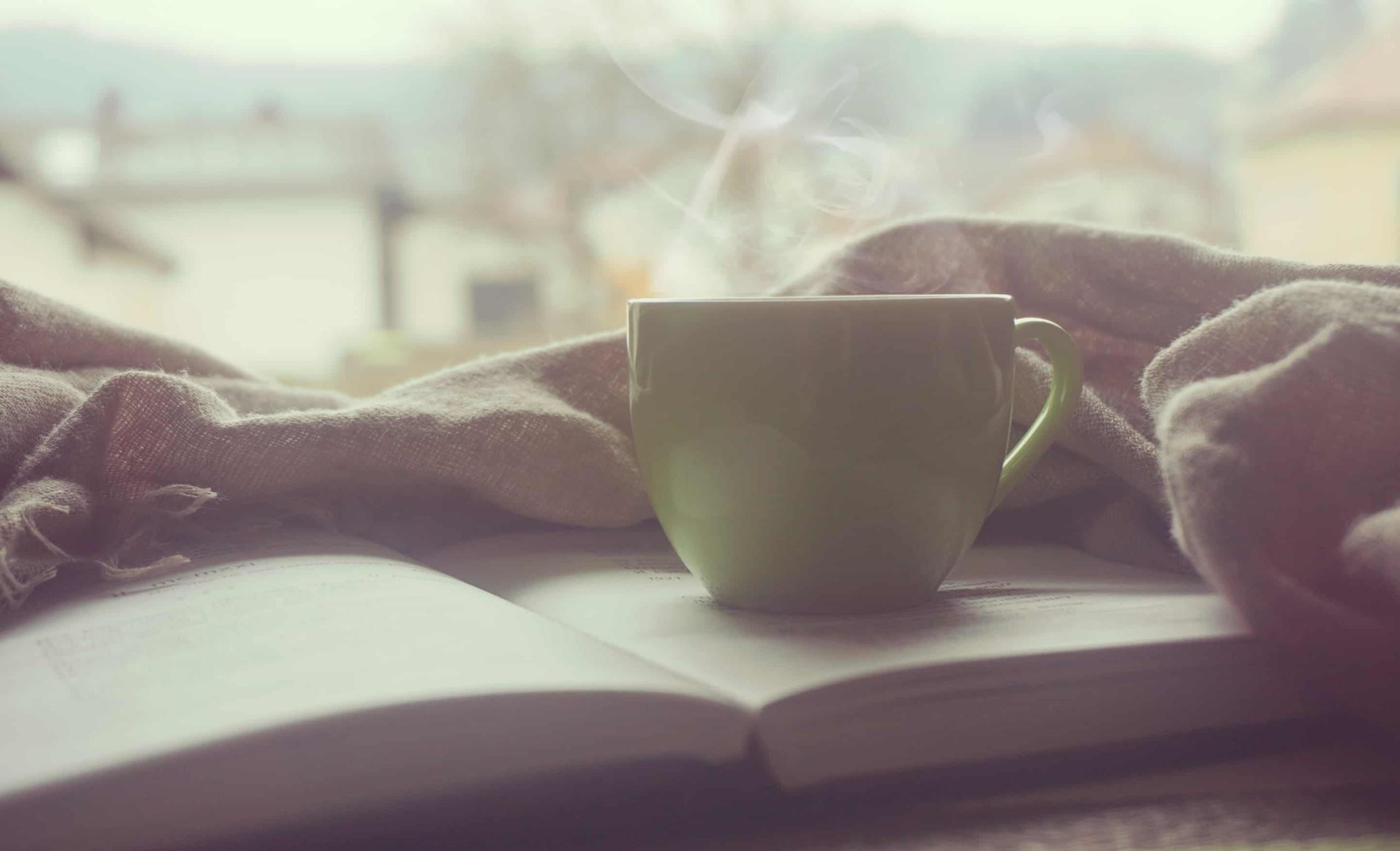 Terveysvaikutteinen tee saattaa auttaa lievittämään stressiä.