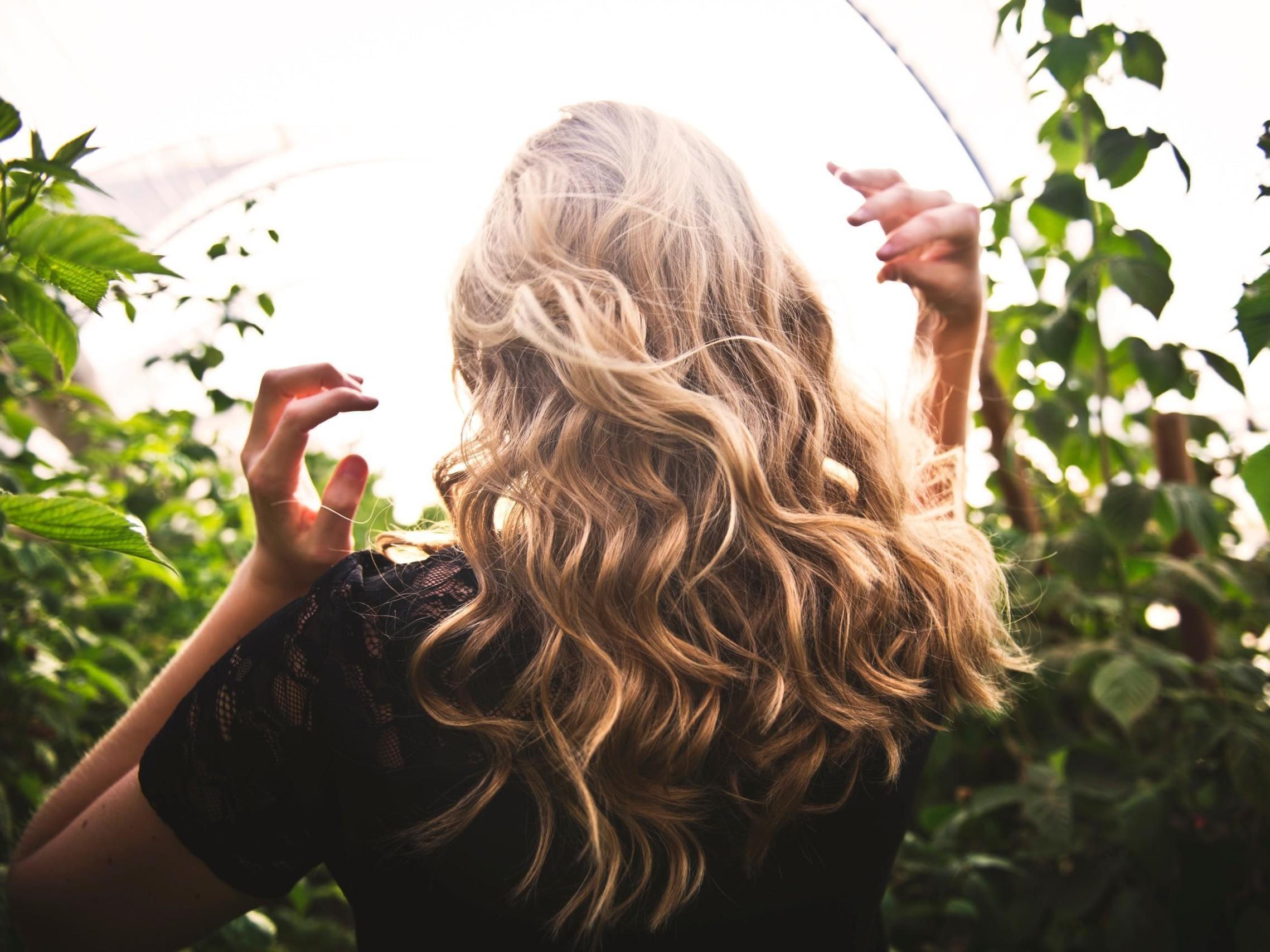 Näin saat hyvinvoivat hiukset