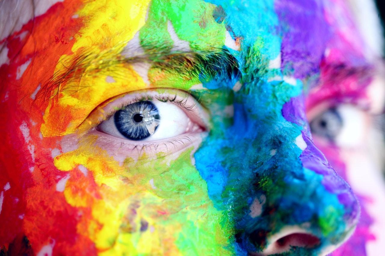 väriterapia mieli