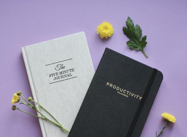Mindfulness –kirjat auttavat arjen kiireessä